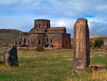 Կաթողիկե ավերակ տաճար