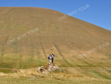 Climbing the mount Armaghan