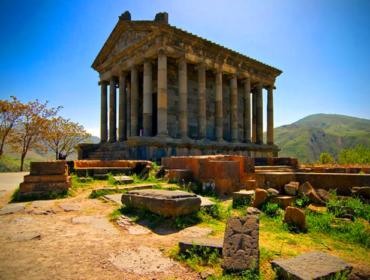 Языческий храм Гарни