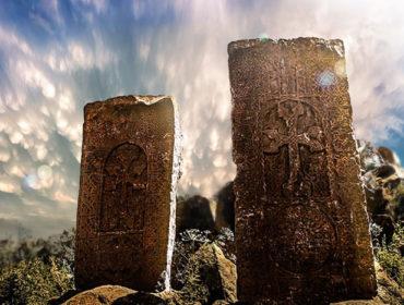 Хачкар, Монастырь Айраванк