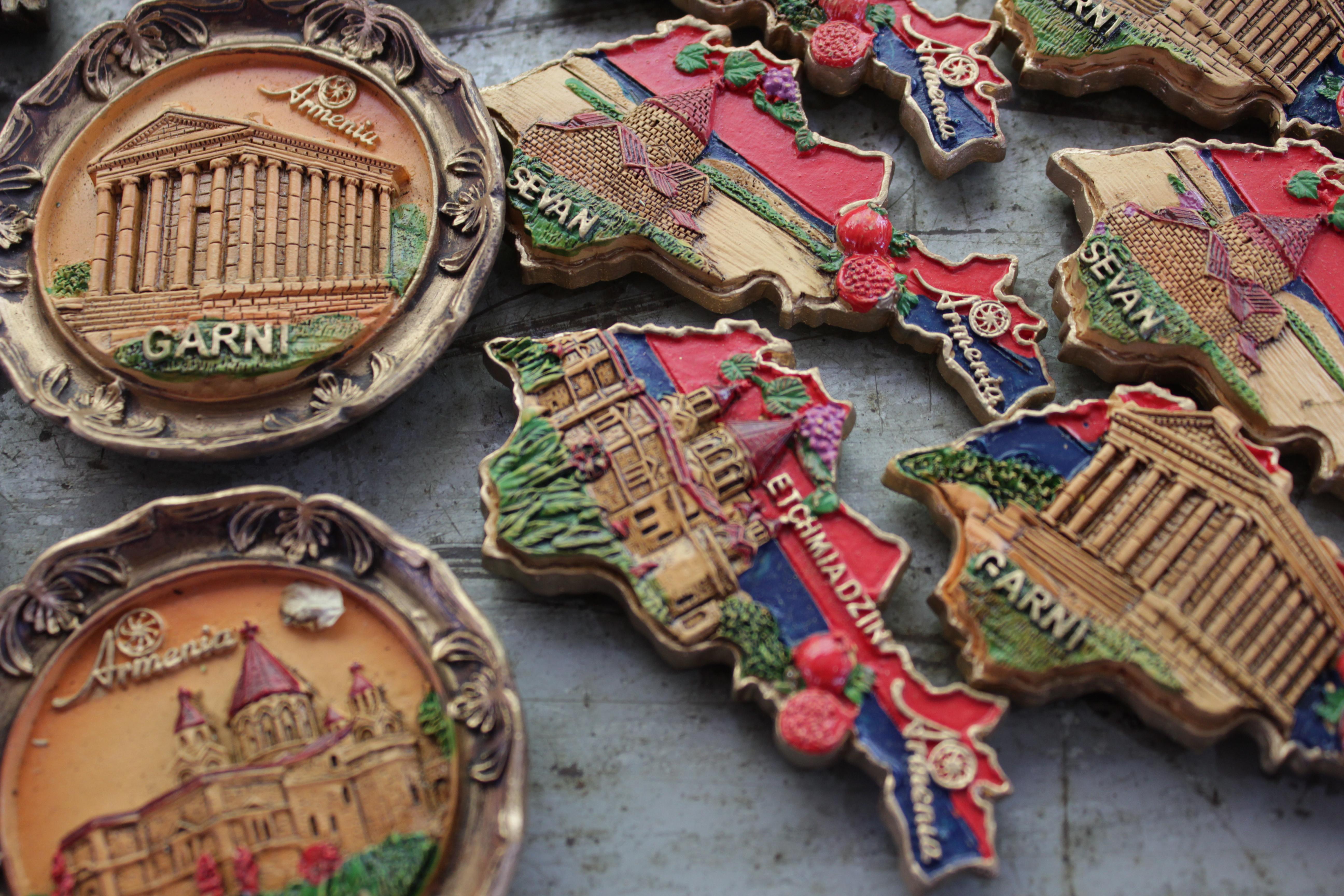 magnets, souvenirs