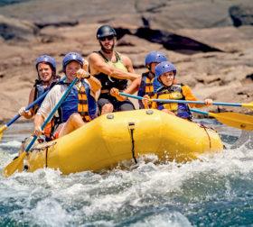 Rafting auf dem Fluss Kura