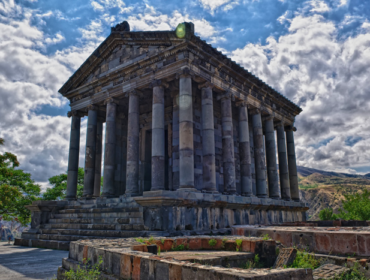 Գառնու տաճար