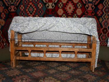 Tumanyan's crib