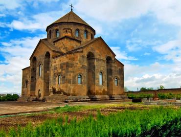Սուրբ Հռիփսիմե եկեղեցի