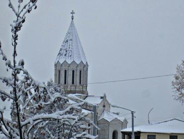 Ղազանչեցոց Սուրբ Ամենափրկիչ եկեղեցի