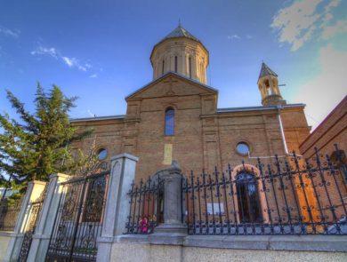 Церковь Нор Эчмиадзин