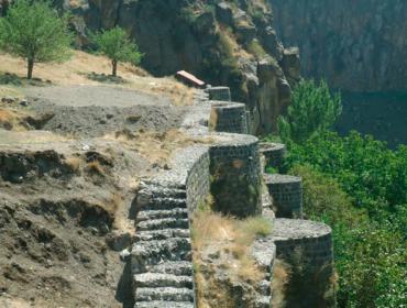 Крепость Бжни