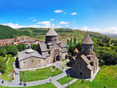 Kecharis Monastery, Tsaghkadzor