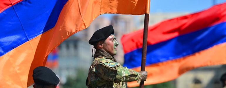 Парад майских празднков в Армении