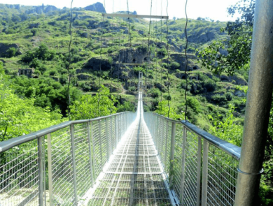 Khndzoresk Swinging Bridge