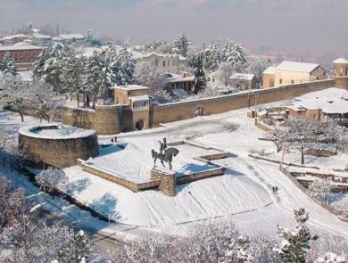 Крепостная стена Сигнахи