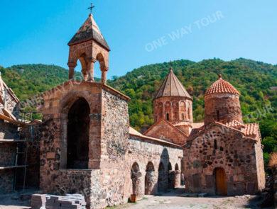 Tour to Dadivank Monastery