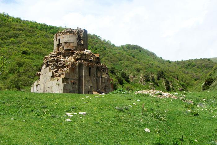 Картинки по запросу Монастырь Майриванк, Крепость Бжни и церкви