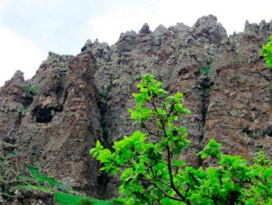 Tsaghkavank Monastery