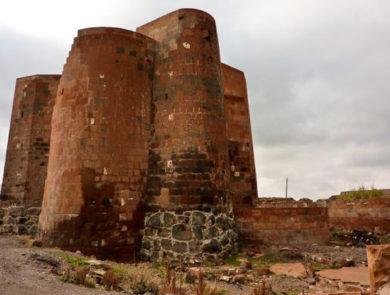Դաշտադեմի ամրոց