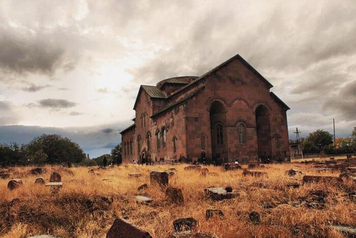 Արուճի տաճար, Սուրբ Գրիգոր եկեղեցի