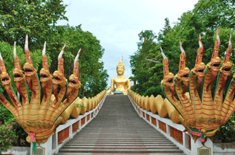 Храм Wat Phra Yai (Большой Будда)