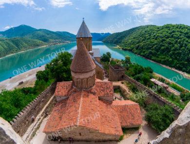 Թբիլիսի, Մցխեթա, Անանուրի, Բազալեթի լիճ, Սիղնաղի