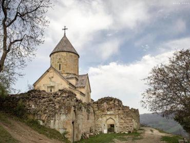 Монастырь Срвех, монастырь Нор Варагаванк, монастырь Агавнаванк