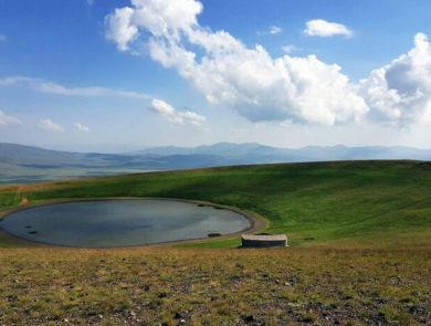 Վերելք Արմաղան լեռ, Սևան, Հայրիվանք
