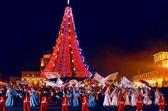 Рождественская елка на площади Республики, Ереван