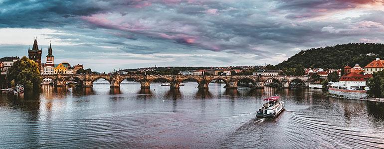 Պրահա, Կառլի կամուրջ