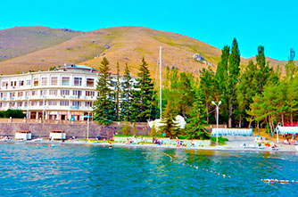 "Rest House ""Blue Sevan"""