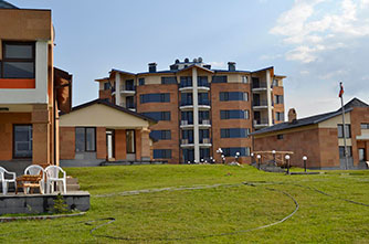 "Family holiday complex ""Tsovasar"""
