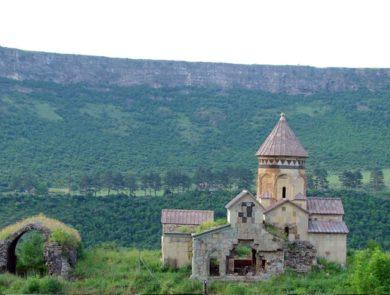 Монастырь Гневанк
