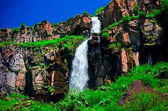Kasakh waterfall