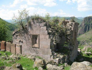 Монастырь Карасниц Манканц
