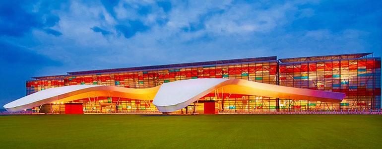 «Զվարթնոց» միջազգային օդանավակայանը Երևանում