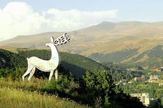 Die Reh-Statue