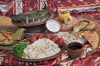 Ինչպե՞ս է Հայաստանում նշվում Սուրբ Զատիկը