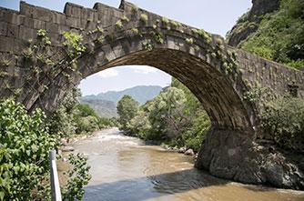 Каменный мост