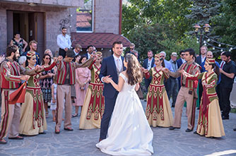 Why is it worth organizing a wedding in Armenia?