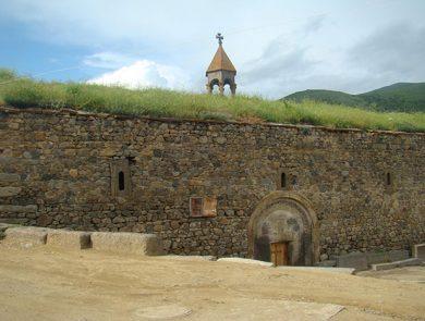 Լոր գյուղ Սբ. Գևորգ եկեղեցի